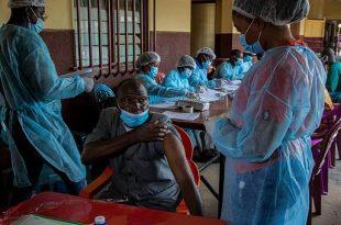vaccination x ebola