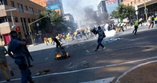 One killed in South Africa student protest